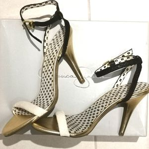 Nwt Jessica Simpson golden heels sandals
